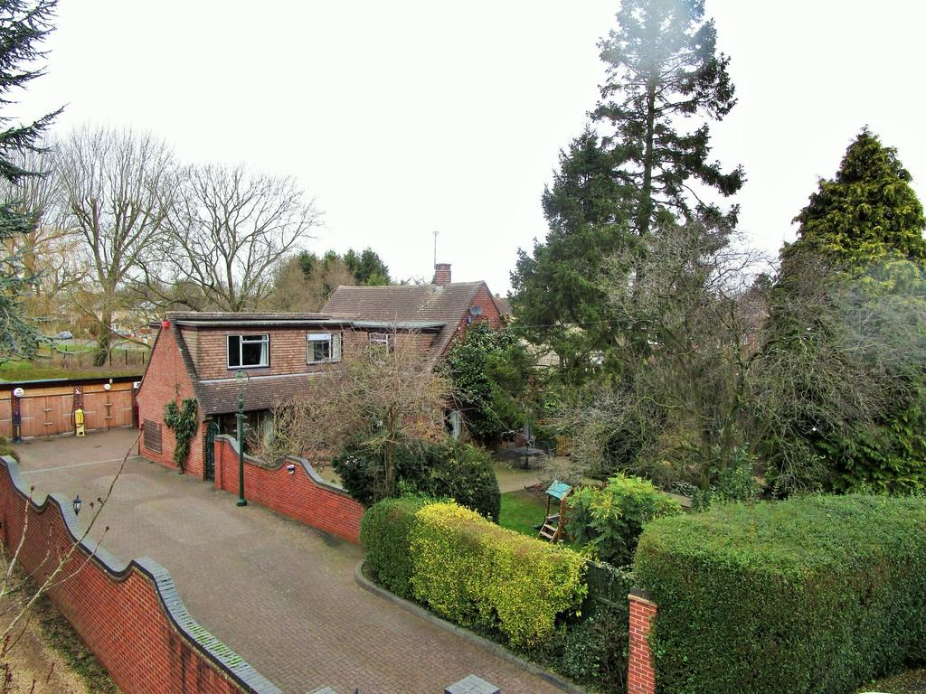 4 Bedrooms Detached House for sale in Stratford Road, Warwick
