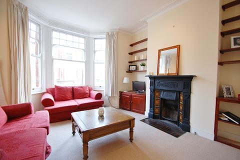 2 bedroom flat to rent - Edgeley Road, Clapham, London