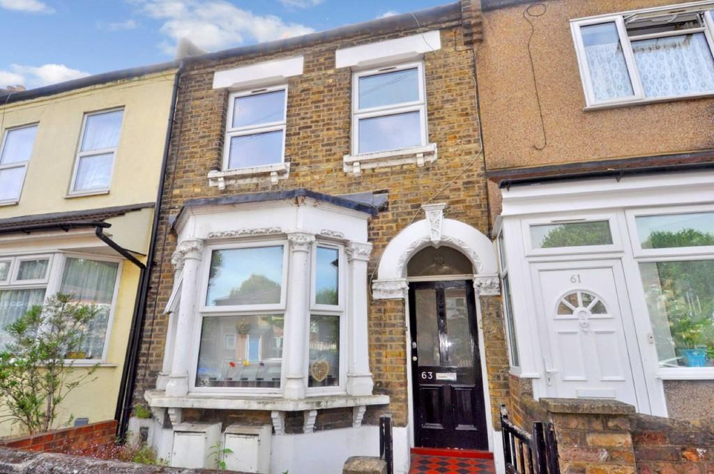 2 Bedrooms Flat for sale in Harrow Road, Leytonstone