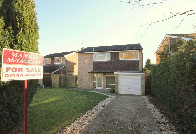 3 Bedrooms Detached House for sale in Savill Road, Lindfield, West Sussex