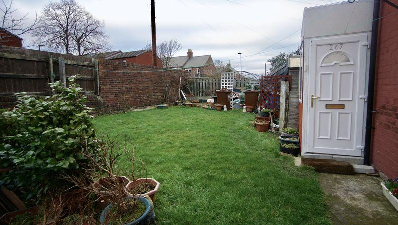 2 Bedrooms Apartment Flat for sale in BENSON ROAD Byker