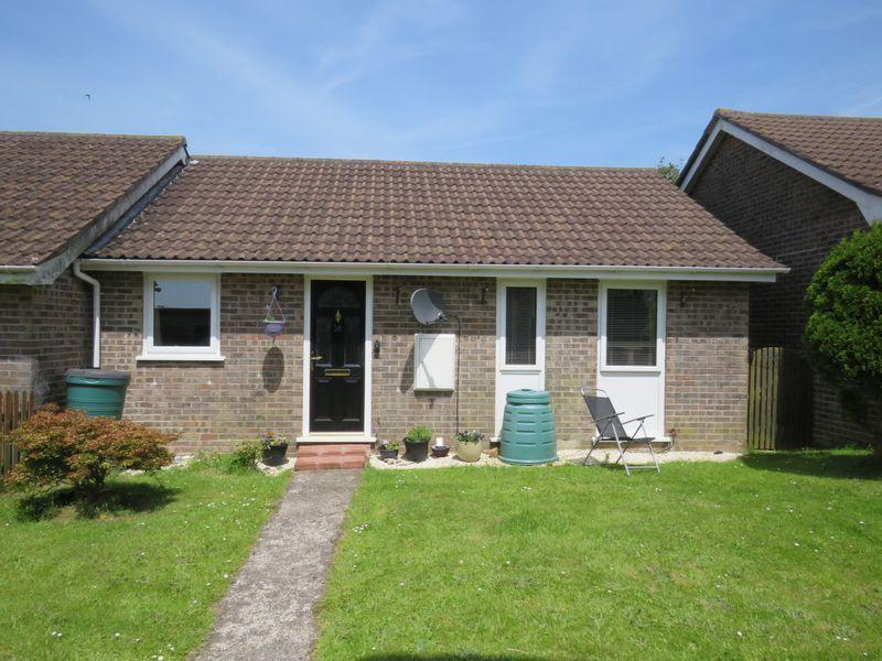 2 Bedrooms Bungalow for sale in Trevella Vean, Truro