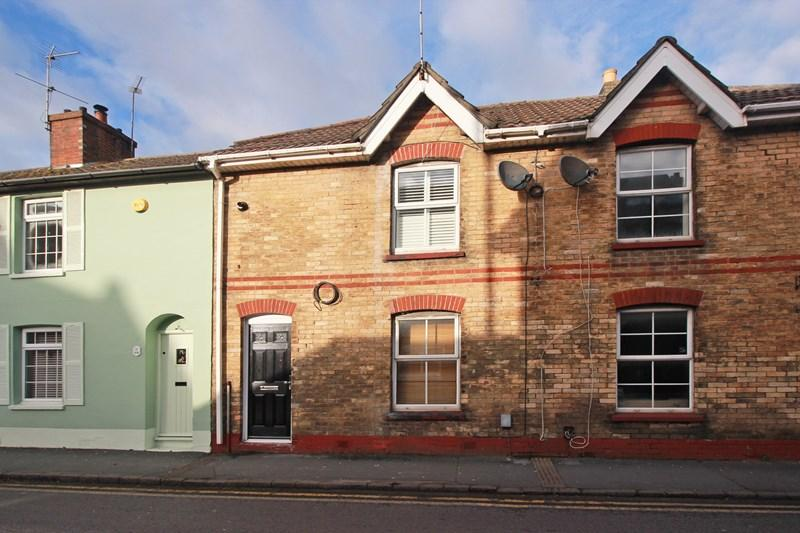 2 Bedrooms Terraced House for sale in Purewell, Christchurch