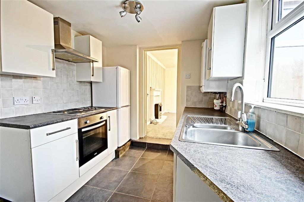 3 Bedrooms Flat for sale in Percy Street, Jarrow, Tyne And Wear