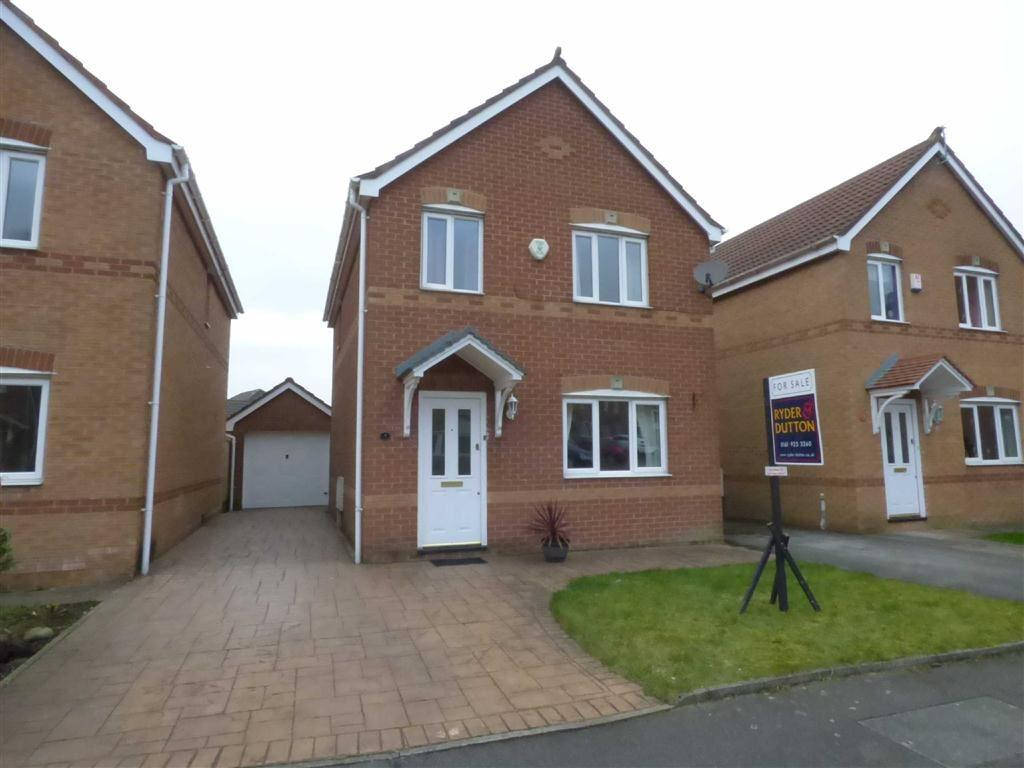 3 Bedrooms Detached House for sale in Luzley Brook Road, Royton, Oldham, OL2