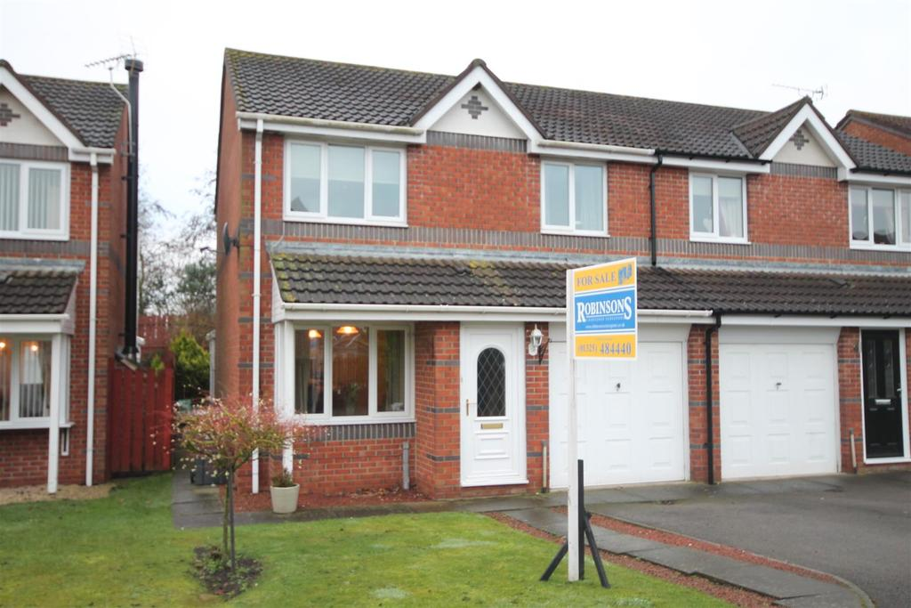 3 Bedrooms Semi Detached House for sale in Abbotsfield Way, Darlington