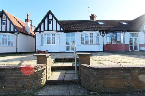 2 bedroom semi-detached bungalow for sale - Crossway, Bush Hill Park, Enfield