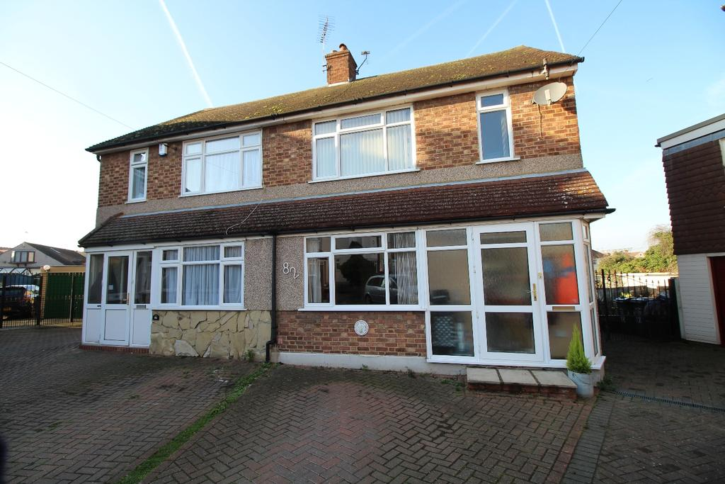 3 Bedrooms Semi Detached House for sale in West Hill Drive Dartford DA1
