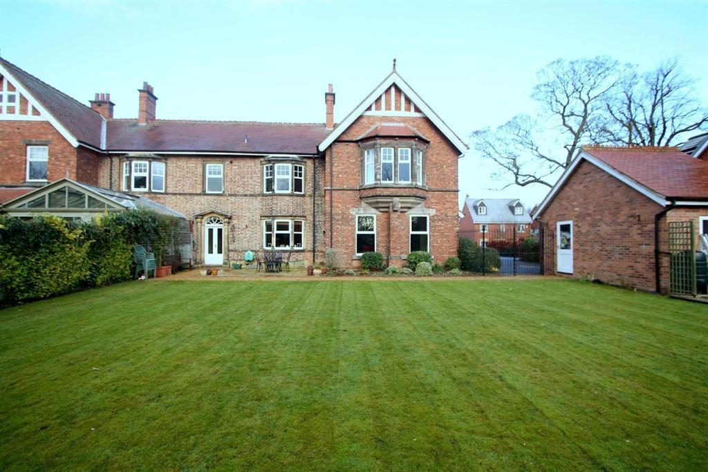 4 Bedrooms House for sale in Tower Grange, Darlington