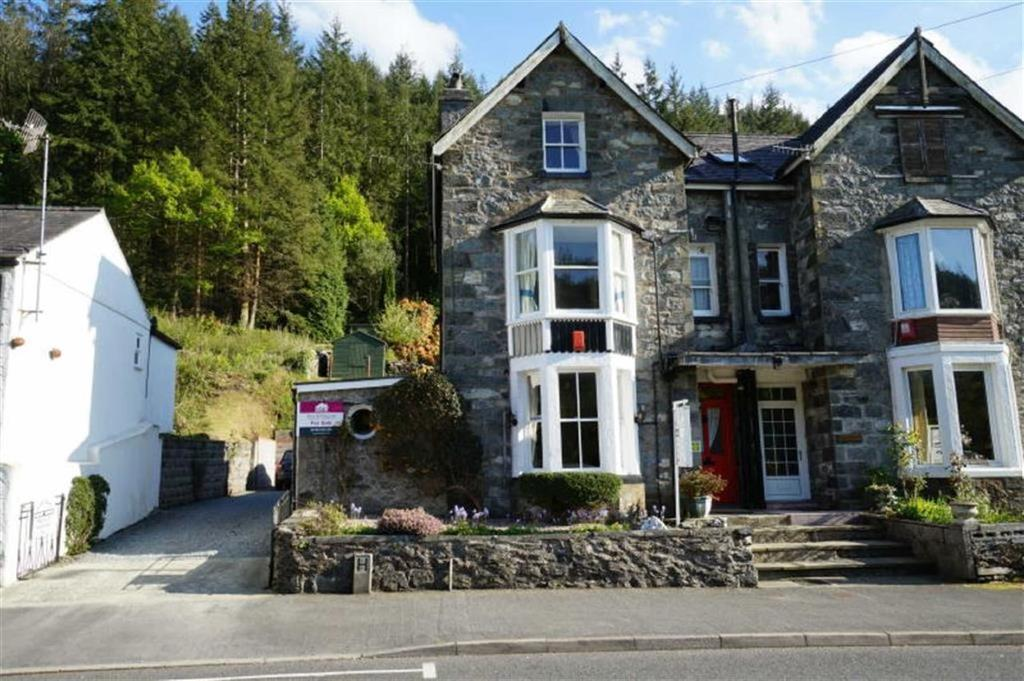 6 Bedrooms Semi Detached House for sale in Holyhead Road, Betws Y Coed