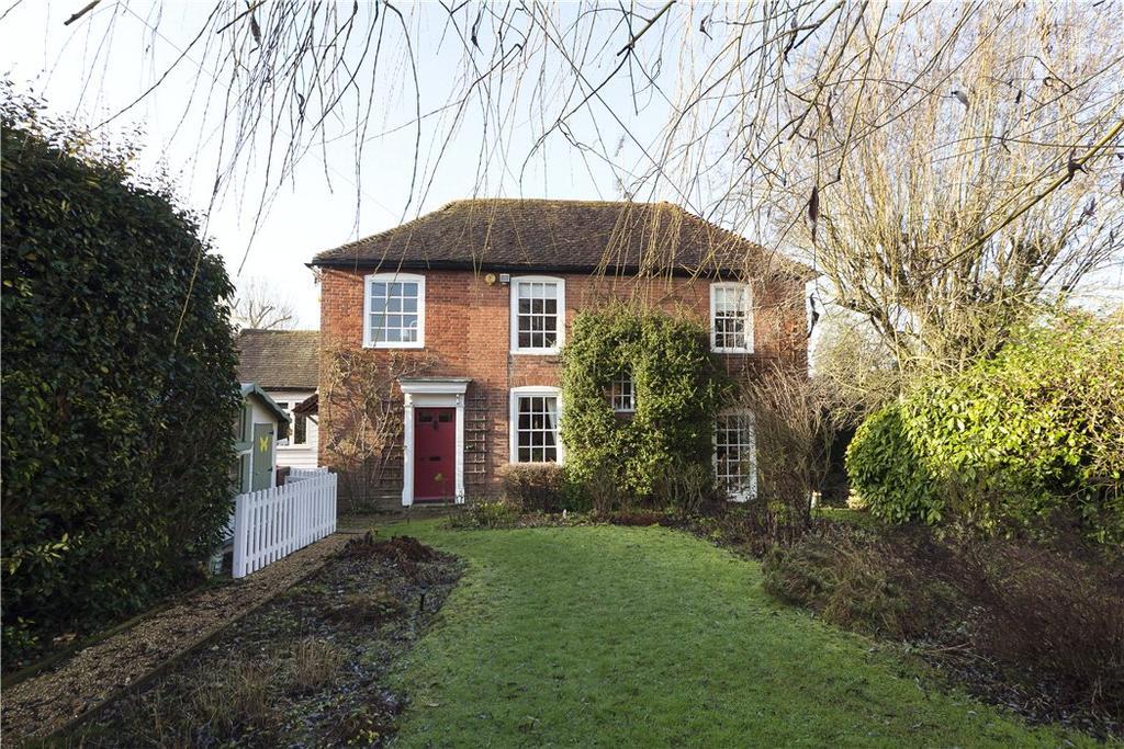 3 Bedrooms House for sale in Old Post Office Cottages, Wickhurst Lane, Broadbridge Heath, Horsham, RH12