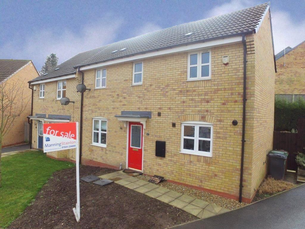 3 Bedrooms Semi Detached House for sale in Violet Road, East Ardsley, Wakefield, West Yorkshire