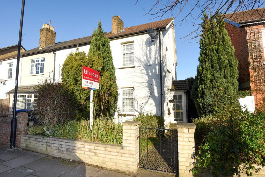 2 Bedrooms Semi Detached House for sale in Nursery Road, Southgate, N14
