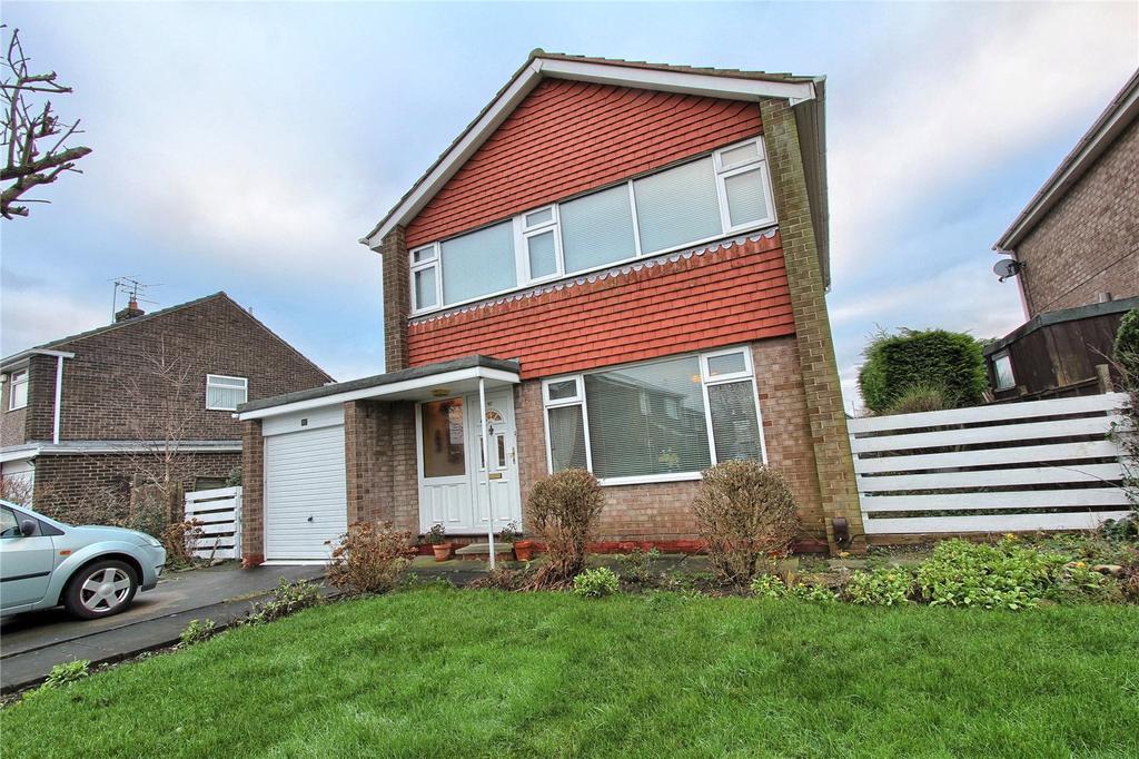 3 Bedrooms Detached House for sale in Sherburn Avenue, Billingham