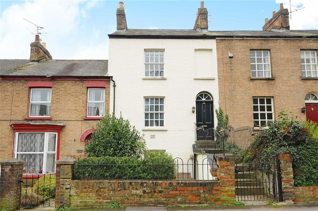 3 Bedrooms Semi Detached House for sale in South Street, Taunton, Taunton, Somerset, TA1