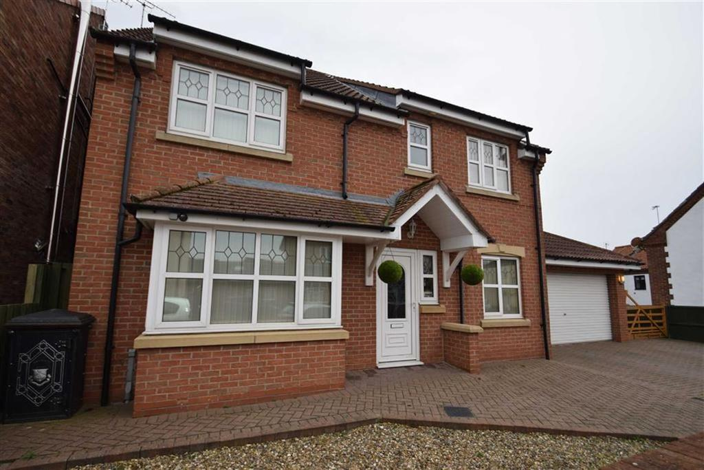 4 Bedrooms Detached House for sale in Cliff Lane, Bempton, East Yorkshire, YO15