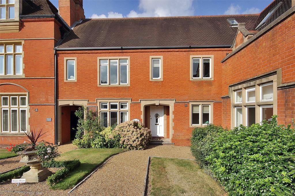 3 Bedrooms Mews House for sale in Dene Park, Shipbourne Road, Tonbridge, Kent, TN11