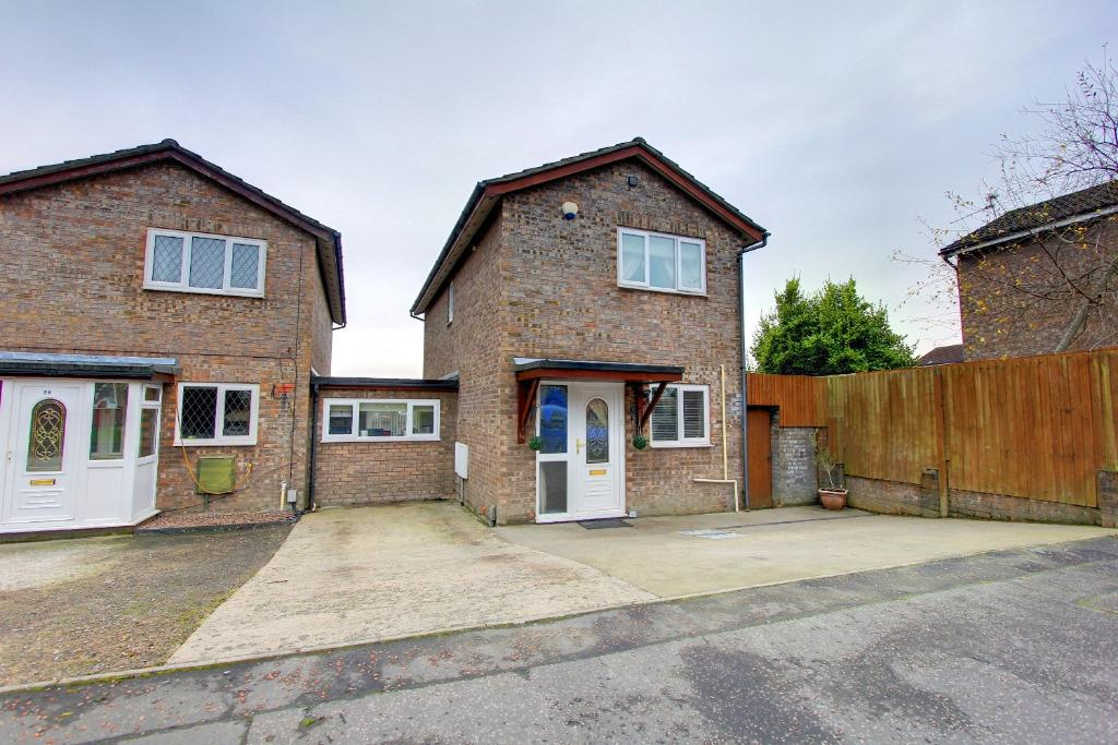 2 Bedrooms Link Detached House for sale in Orchard Park, St Mellons, Cardiff