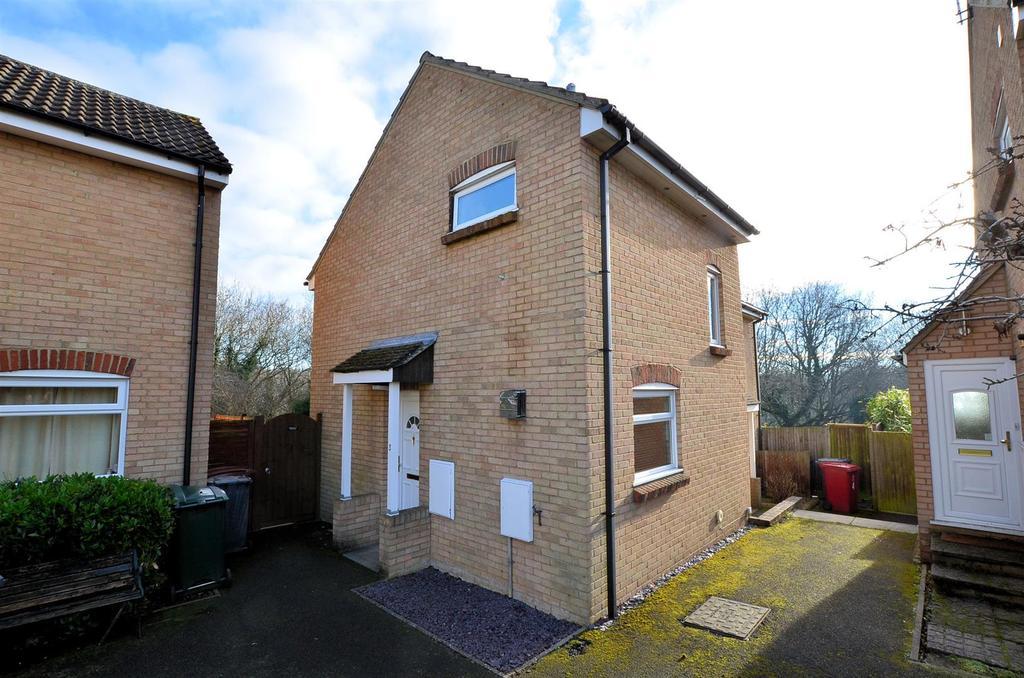 1 Bedroom Semi Detached House for sale in Dudley Mews, Tilehurst, Reading