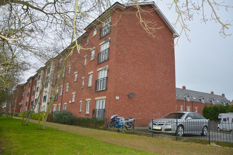 2 Bedrooms Flat for sale in Highbridge Quay, Highbridge