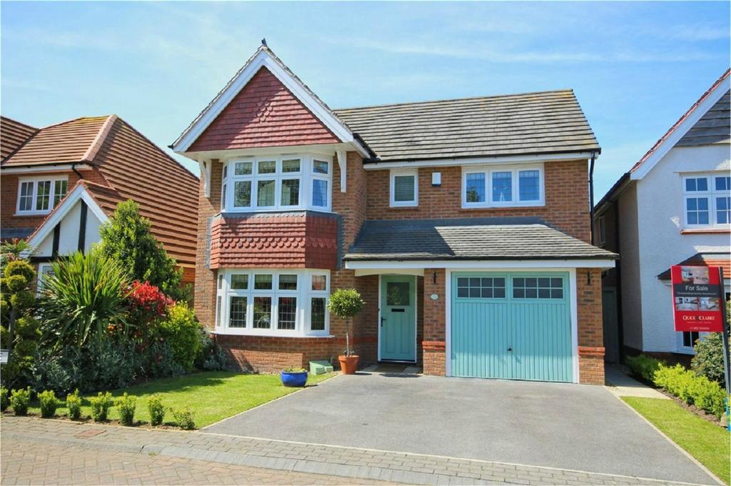 4 Bedrooms Detached House for sale in Larkin Avenue, Cottingham, East Riding of Yorkshire