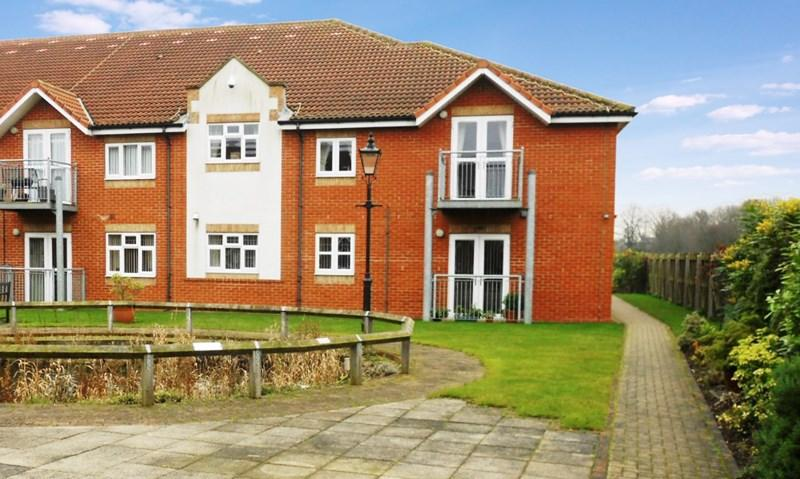 2 Bedrooms Apartment Flat for sale in Birch Tree Drive, Hedon, Hull