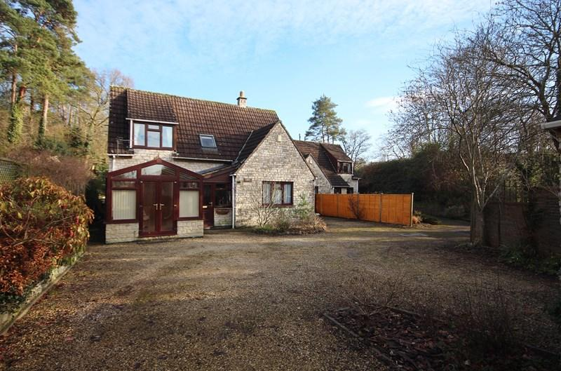 4 Bedrooms Detached House for sale in Durcott Lane, Camerton, Bath