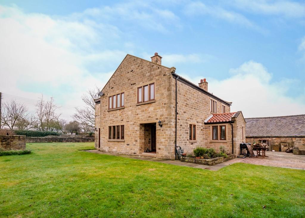 4 Bedrooms Farm House Character Property for sale in Firsby Lane, Conisbrough, Doncaster
