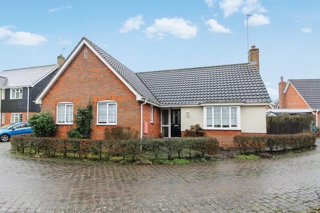 3 Bedrooms Detached Bungalow for sale in Framlingham, Suffolk