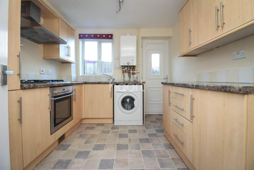 3 Bedrooms Semi Detached House for sale in Off Aylsham Road