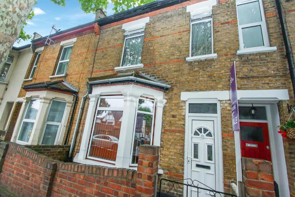 3 Bedrooms Terraced House for sale in Tudor Road
