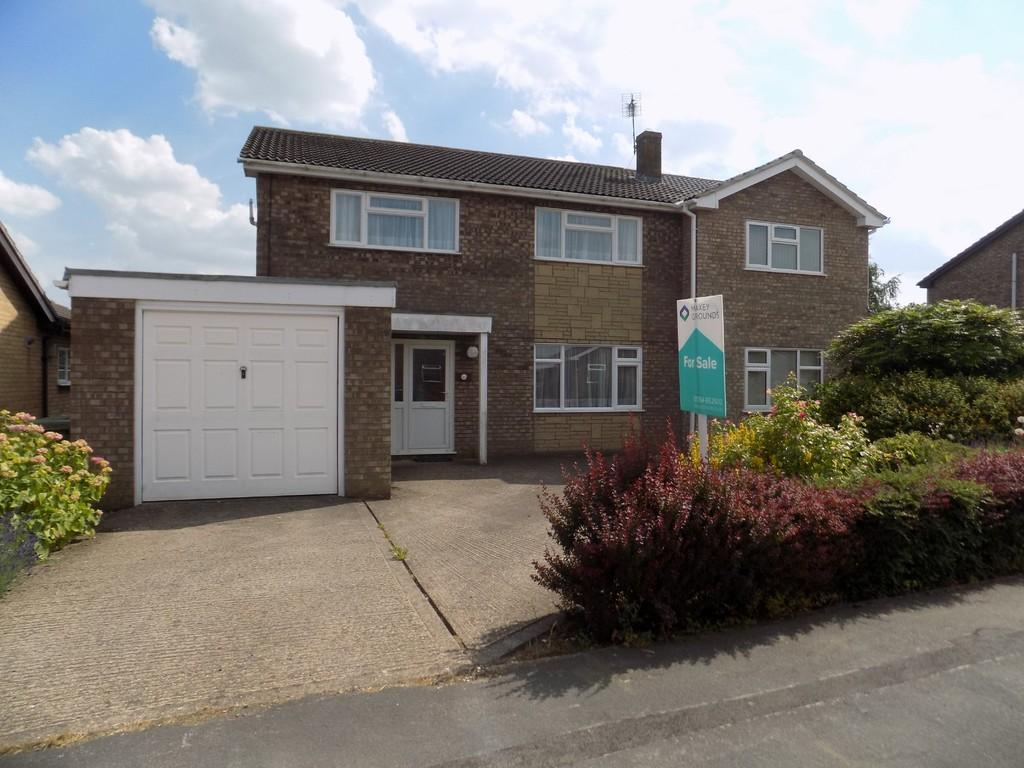 6 Bedrooms Detached House for sale in Cavalry Drive, March