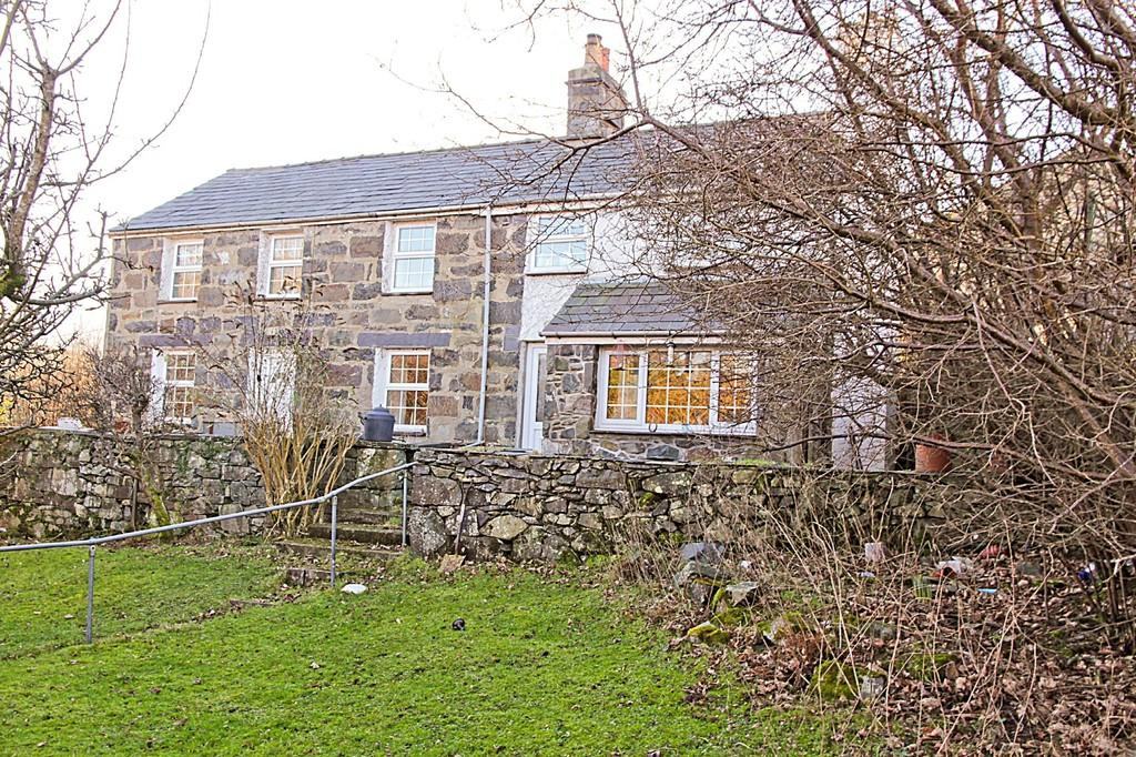3 Bedrooms Detached House for sale in Mur Mawr, Llanberis, North Wales