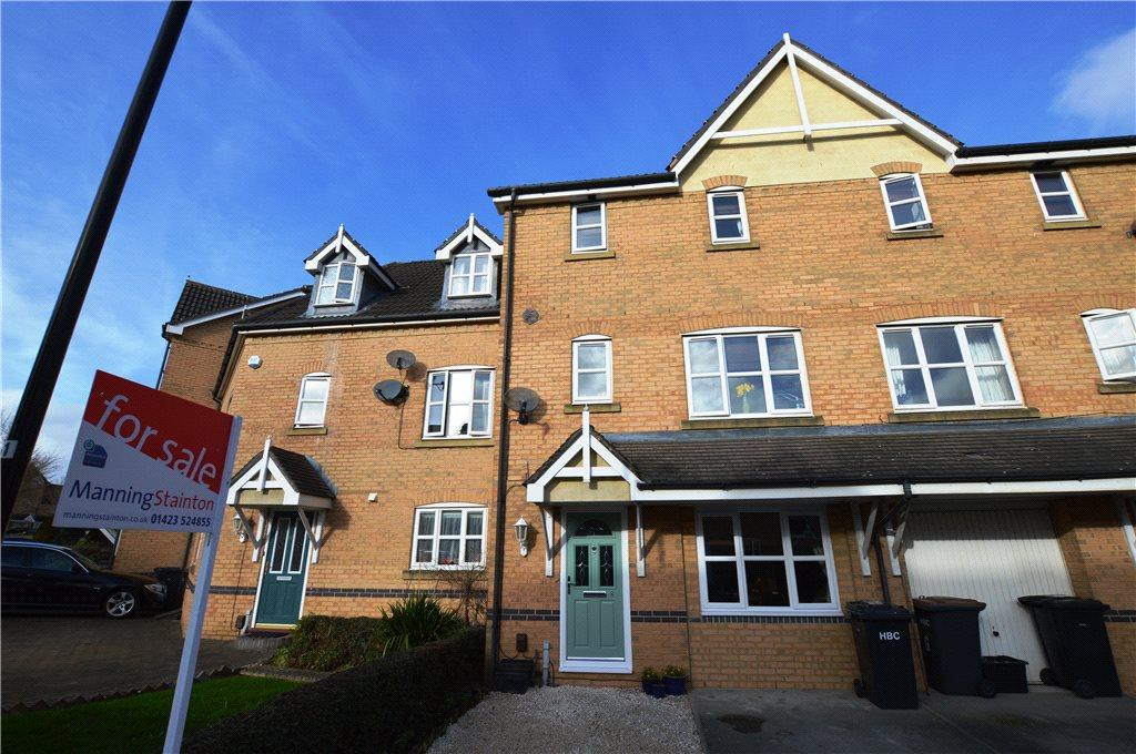 4 Bedrooms Terraced House for sale in Nightingale Drive, Harrogate, North Yorkshire