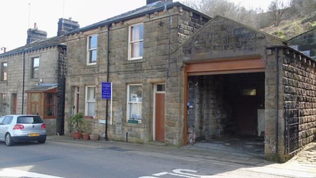 4 Bedrooms Detached House for sale in Bank Bottom Cragg Vale Hebden Bridge