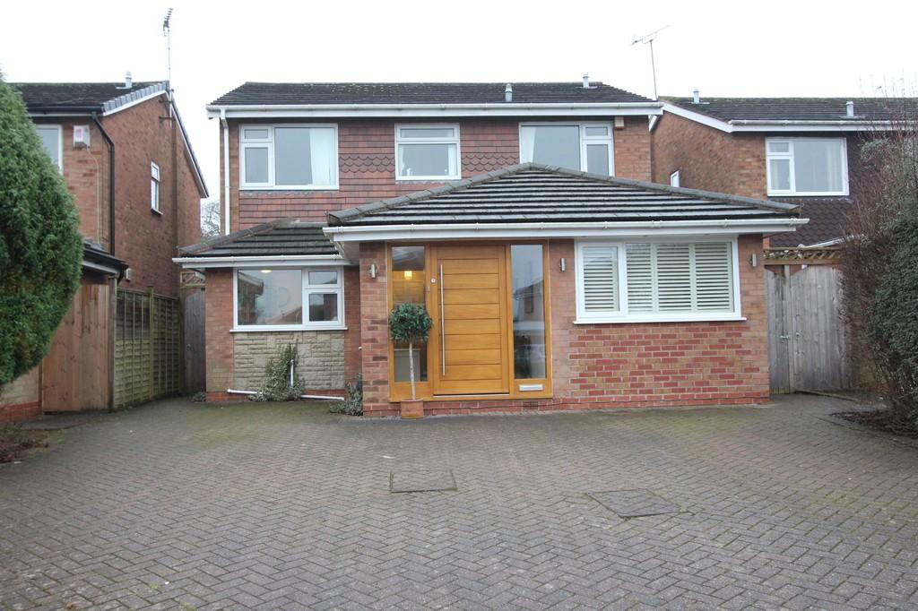 5 Bedrooms Detached House for sale in Gilberry Close, Knowle