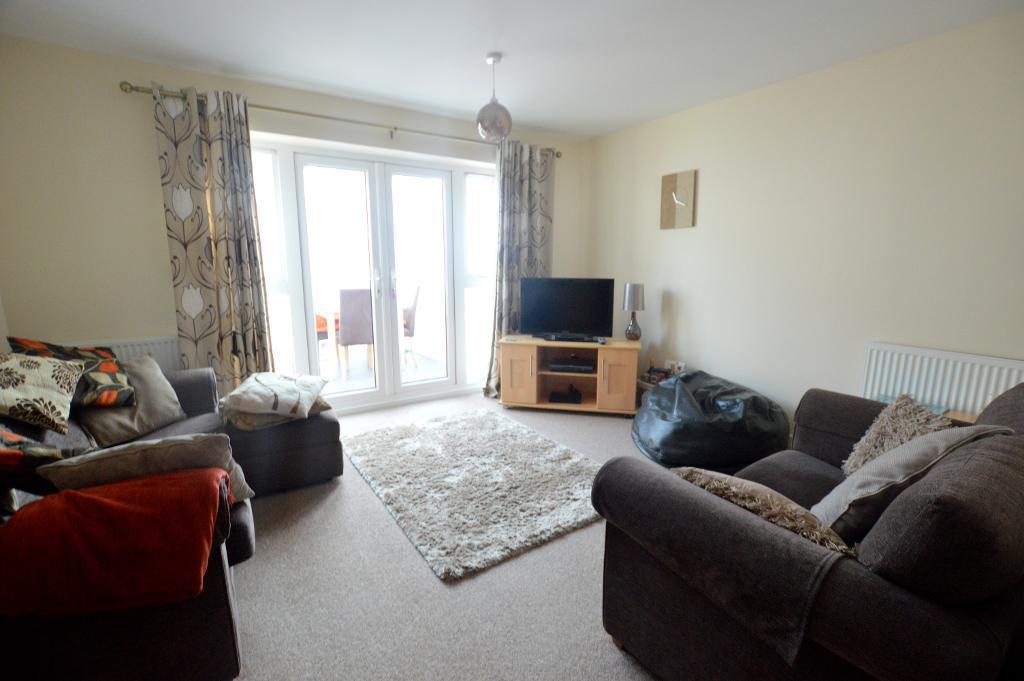 3 Bedrooms Town House for sale in Leicester Road, Luton, Bedfordshire, LU4 8SG