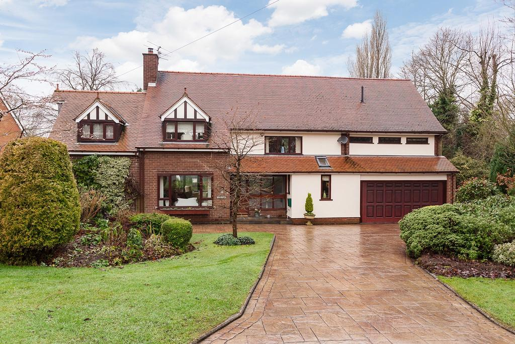 5 Bedrooms Detached House for sale in The Dingle, Gee Cross, Cheshire
