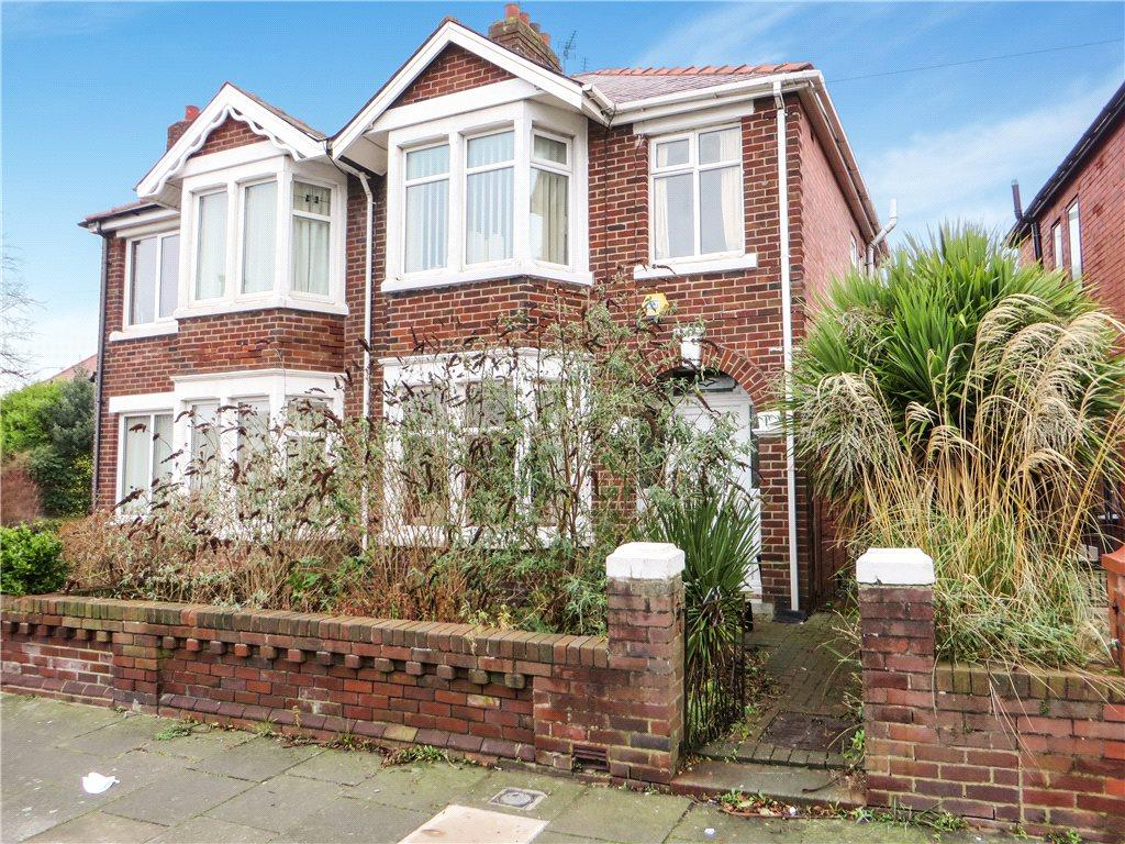 3 Bedrooms Semi Detached House for sale in Broderick Avenue, Bispham, Blackpool