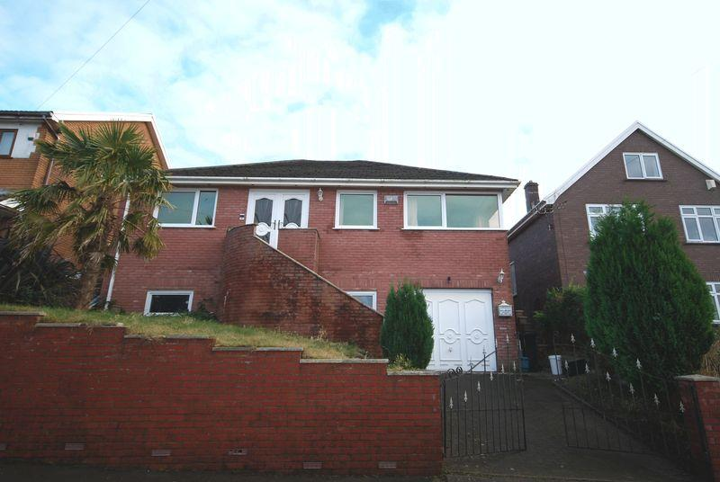 4 Bedrooms Detached House for sale in 89 Bwlch Road, Cimla, Neath, SA11 3RR