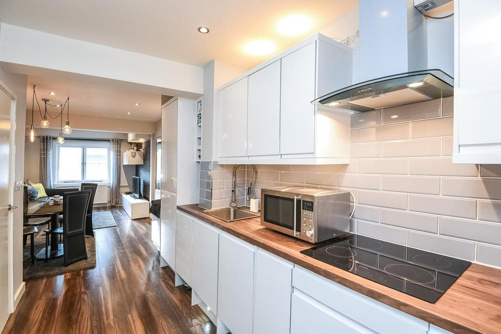1 Bedroom Flat for sale in King Street, Hammersmith, W6