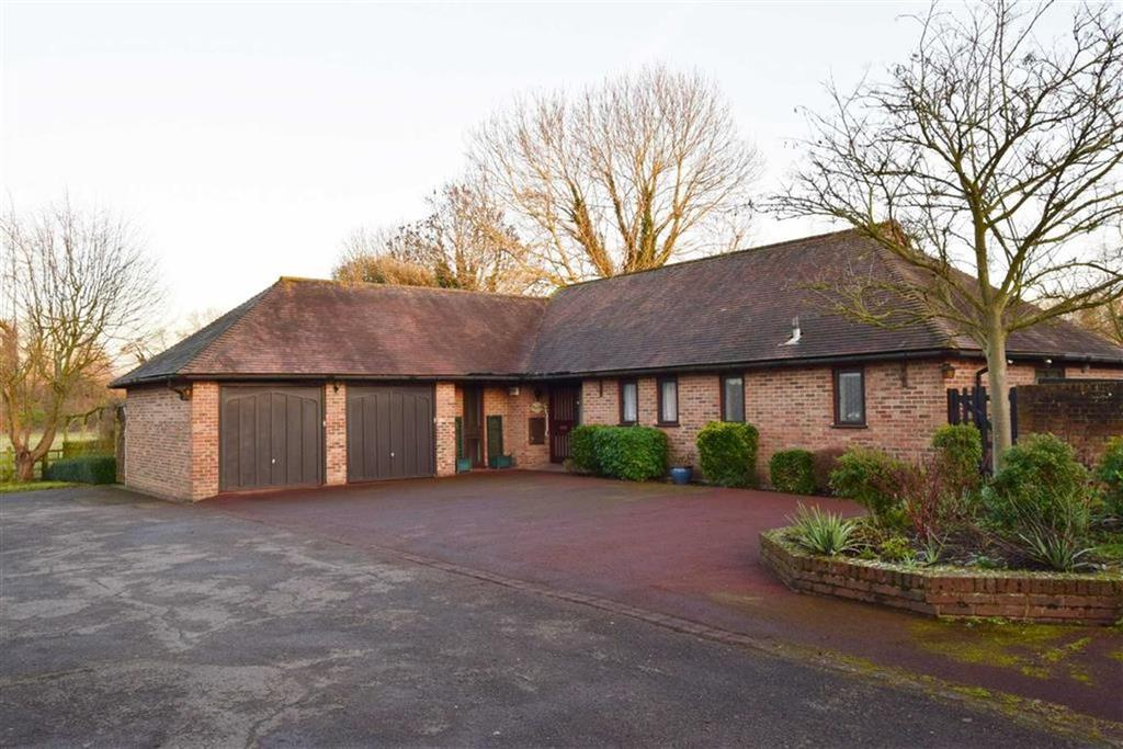 4 Bedrooms Detached Bungalow for sale in The Boundary, Manor Farm, High Street,, DA4