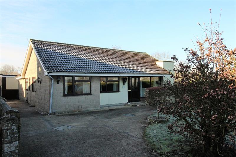 3 Bedrooms Detached Bungalow for sale in Parkway, Midsomer Norton, Radstock