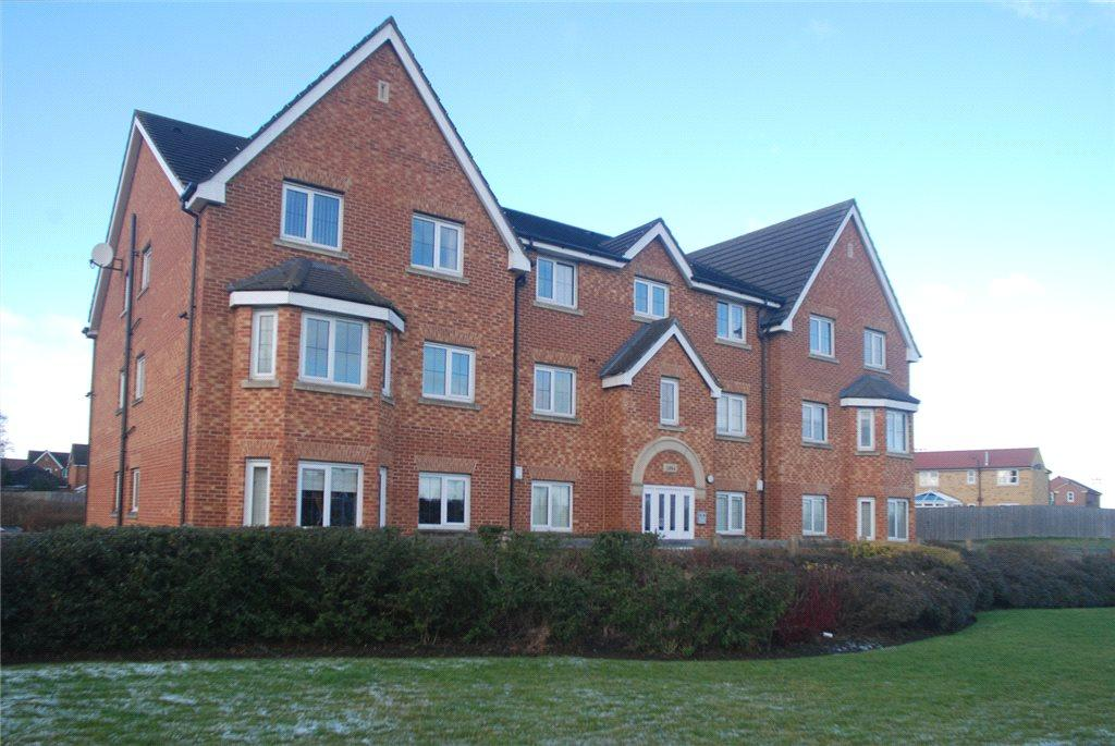 2 Bedrooms Apartment Flat for sale in Pavilion Gardens, Farsley, Pudsey, West Yorkshire
