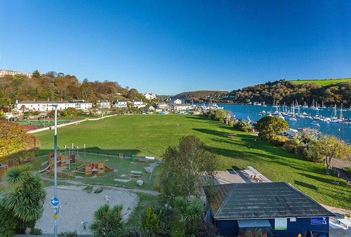 2 Bedrooms Apartment Flat for sale in Apartment 4 - Sails, College Way, Dartmouth, Devon, TQ6