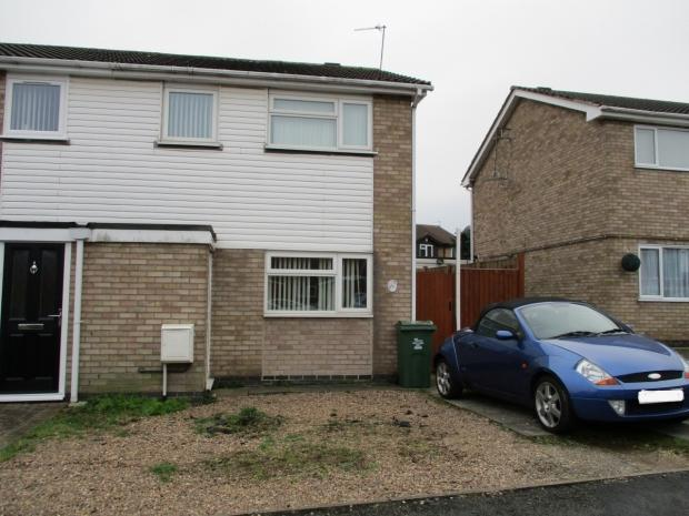 3 Bedrooms Semi Detached House for sale in Clayton Drive Thurmaston Leicester