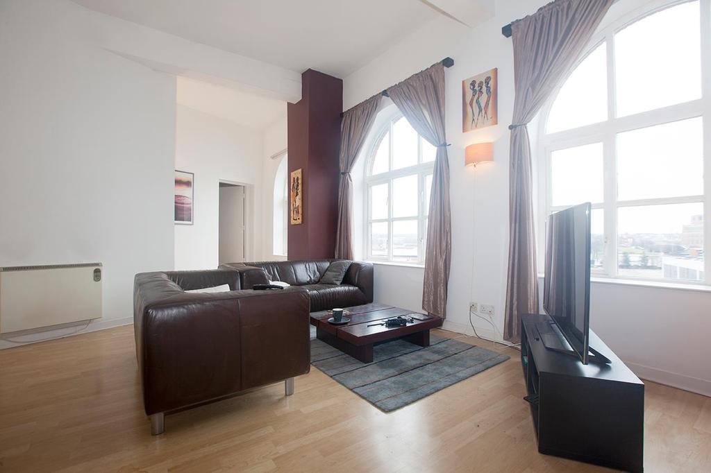 2 Bedrooms Flat for sale in North Street, Leeds