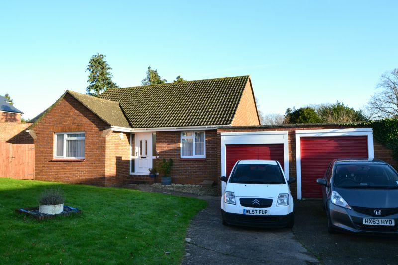 2 Bedrooms Detached Bungalow for sale in LEIGHDENE CLOSE, ST LEONARDS, EXETER, DEVON