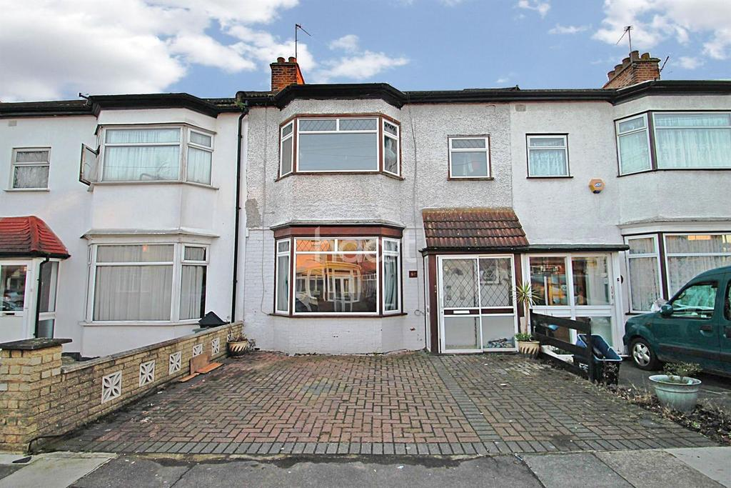 3 Bedrooms Terraced House for sale in Hertford Road, Newbury Park, Ilford, Essex