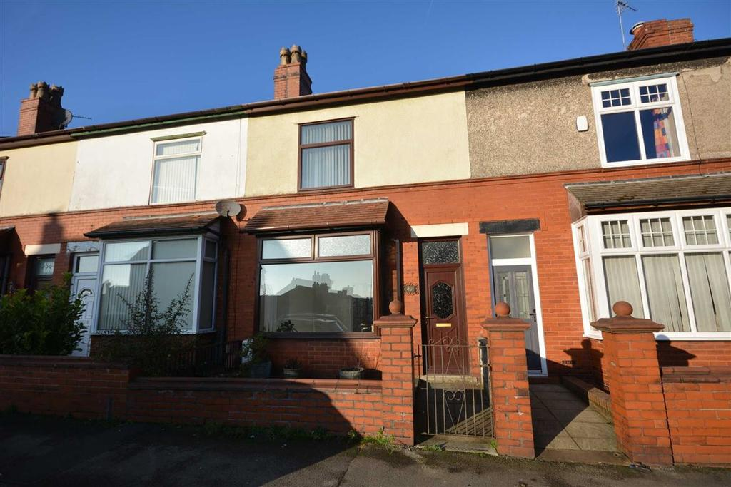 3 Bedrooms Terraced House for sale in Throstlenest Avenue, Springfield, Wigan, WN6